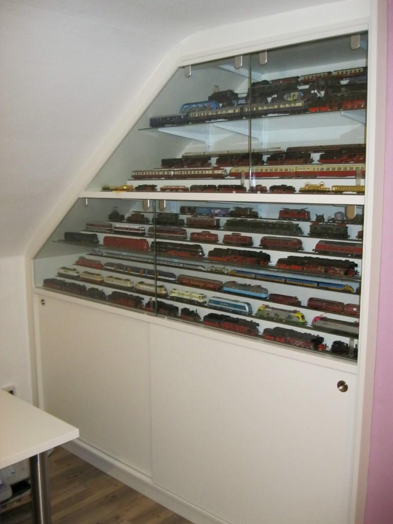 Einbauschrank eisenbahn und wohnzimmer schreinerei ruprecht - Einbauschrank wohnzimmer ...
