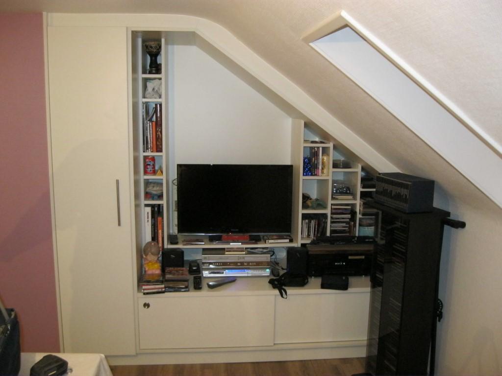 einbauschrank eisenbahn und wohnzimmer schreinerei ruprecht. Black Bedroom Furniture Sets. Home Design Ideas